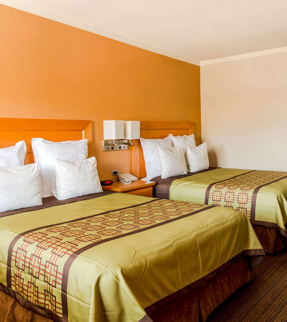 CHOOSE THE IDEAL FAMILY-FRIENDLY ROOM TYPE FOR YOUR SOUTHERN CALIFORNIA GETAWAY
